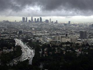 обои Дождливая погода над городом фото
