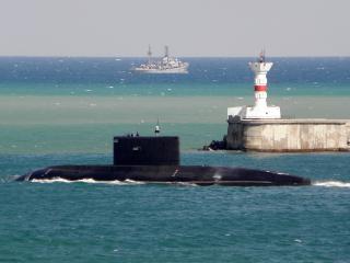 обои Подводные и надводные корабли фото