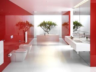 обои Красивая строгая и просторная ванная фото