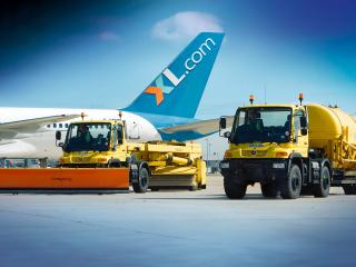 обои Транспорт для уборки аэропорта фото