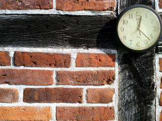 обои Часы на стенке фото