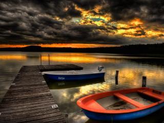 обои Пришвартованы две лодки фото