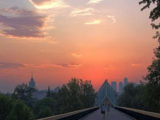 обои Вечер над Москвой фото