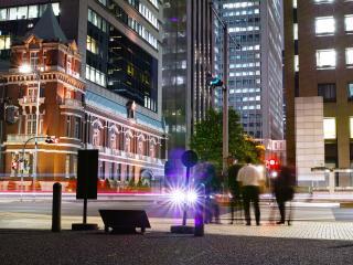 обои для рабочего стола: В городе на пешеходном переходе