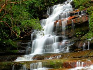 обои Скользкие ступени водопада фото