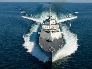 обои Боевой крейсер фото