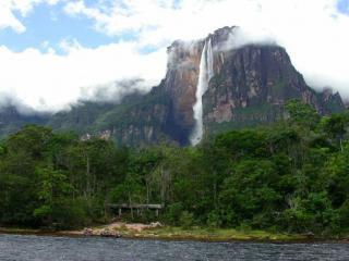 обои Поднебесный водопад фото