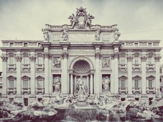 обои Статуи около красивого здания фото
