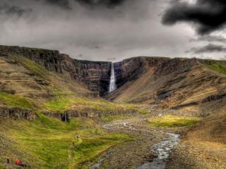 обои Тучи над водопадом Литланесфосс фото