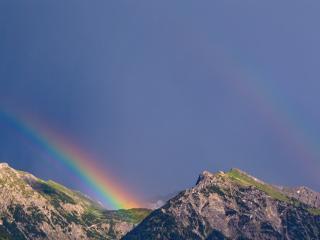 обои Над вершинами радуга фото