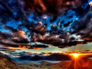 обои Низкая облачность и солнышка последние лучи фото