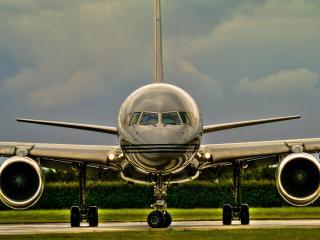 обои Красивый пассажирский самолет фото