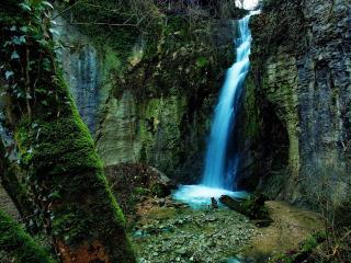 обои Водопад речки со скалы фото