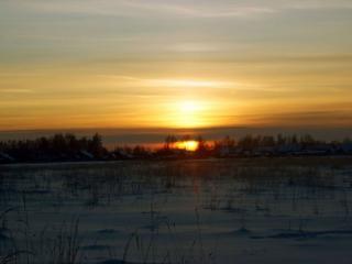 обои Зима,   деревня и закат фото