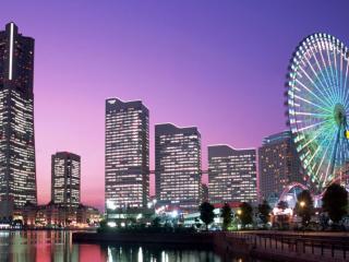 обои Рассвет над многоэтажным городом фото