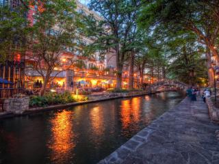 обои Река вечернего города фото