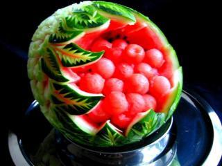 обои Карвинг — резьба по овощам и фруктам фото