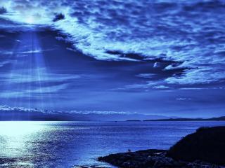 обои Синий свет над морем фото