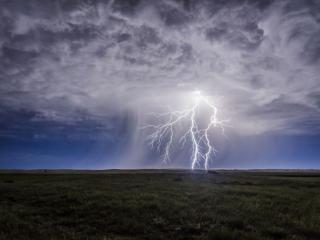 обои Молния над полем фото