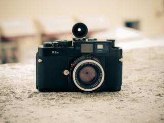 обои Старый фотоаппарат со вспышкой фото