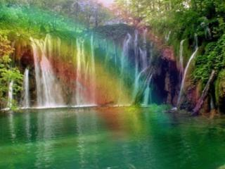обои Водопад сквозь радугу фото