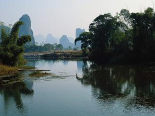 обои Река в красивой местности фото