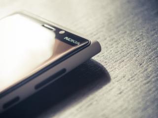 обои Сенсорная Nokia на столе фото