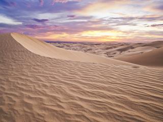обои Барханы песчаные под красивыми красками неба фото