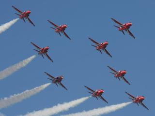 обои Девять самолётов в воздухе фото