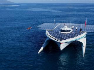обои Яхта на солнечных батареях фото