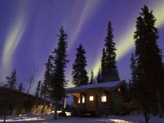 обои Сияние над дачей в Финляндии фото