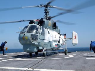 обои Вертолет россии на палубе корабля фото