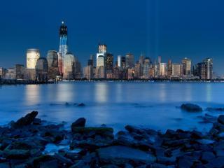 обои Вид города у морской заводи фото