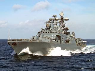 обои Военный корабль на волнах фото