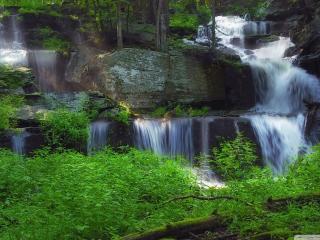 обои Красивый ансамбль водопадов фото