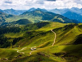 обои Пaнорамный вид на горную местность фото