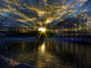 обои Зимний закат - Солнечная Корона фото