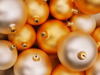 обои Новогодние шары сложены фото