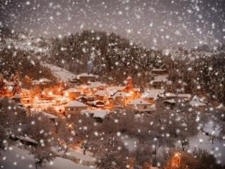 обои Зимняя сказка над городом фото