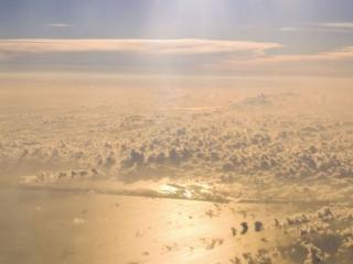 обои Полёт над облаками фото