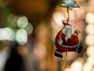 обои Игрушка шагающего Деда Мороза фото