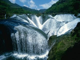 обои Встреча водопадов фото