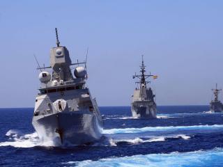 обои Три боевых корабля фото