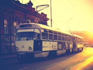 обои Трамвай на улице городa фото