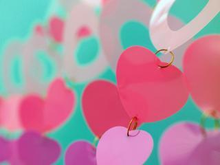 обои Висящие сердечки фото