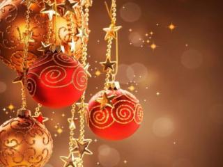 обои Золотые новогодние шары и звёзды фото