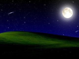 обои Ярка я луна над зеленым полем фото