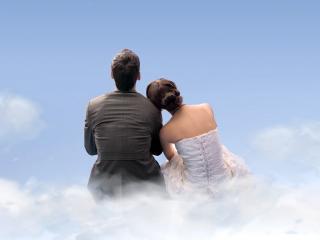обои Влюбленые в небе фото