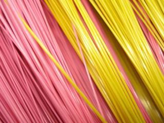 обои Спагетти желтое и розовое фото