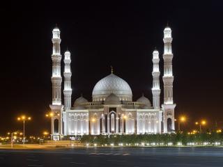 обои Вечерний Тадж-Махал с колоннами фото